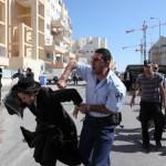 בית שמש: מאות חרדים מונעים פינוי גופת בן 9